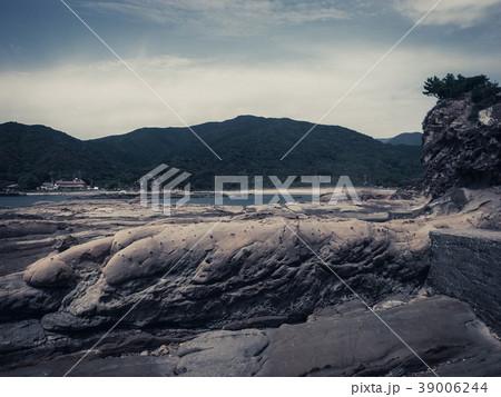 波食 風食 形成 海岸の写真素材 ...